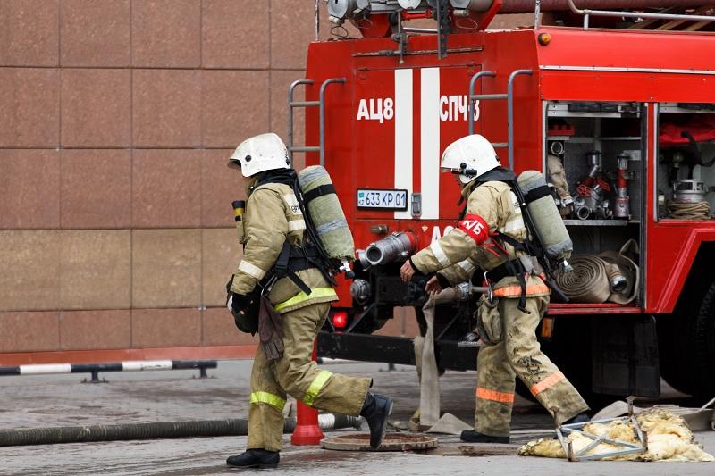 Пожар уничтожил дом семьи волонтеров, воспитывающих более 20 детей, в Алматинской области
