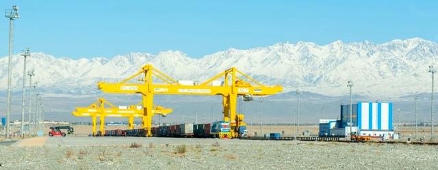 РФ разрабатывает ТЗ по строительству магистрали Европа-Китай через Казахстан - СМИ