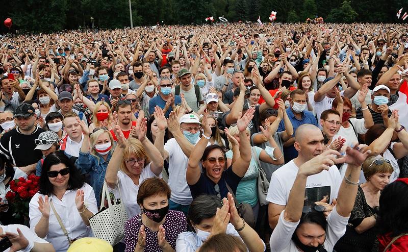 До 250 000 человек приняли участие в акции протеста в Минске