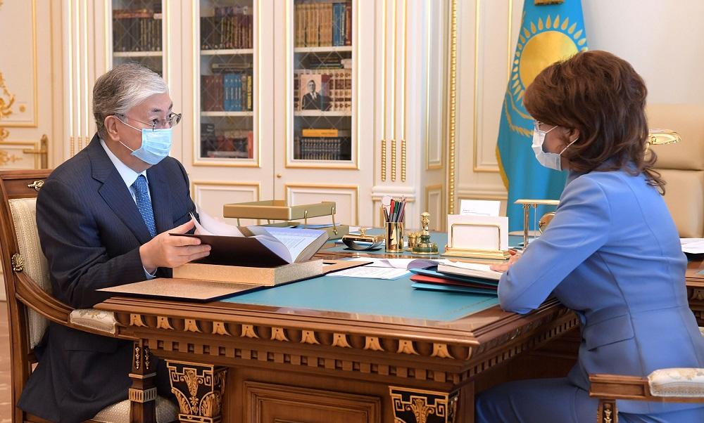 Касым-Жомарт Токаев принял министра информации и общественного развития Аиду Балаеву
