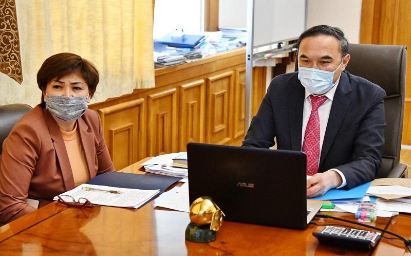 Ержан Бабакумаров провел встречу с директорами общеобразовательных школ