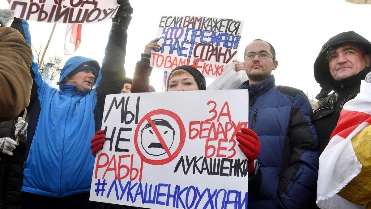 Белоруссия привела в полную боевую готовность войска на западной границе страны