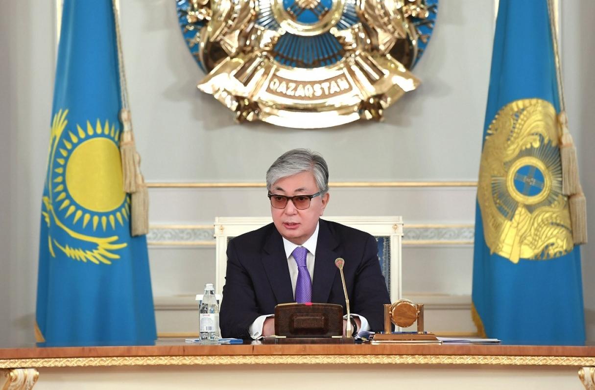Президент Казахстана соболезнует в связи с гибелью военнослужащих при крушении вертолета