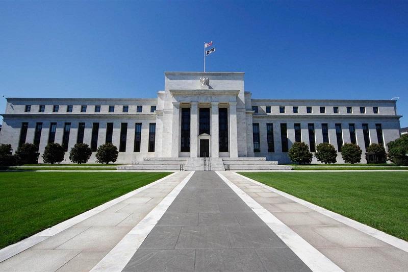 ФРС сохранила процентную ставку в диапазоне 0-0,25%