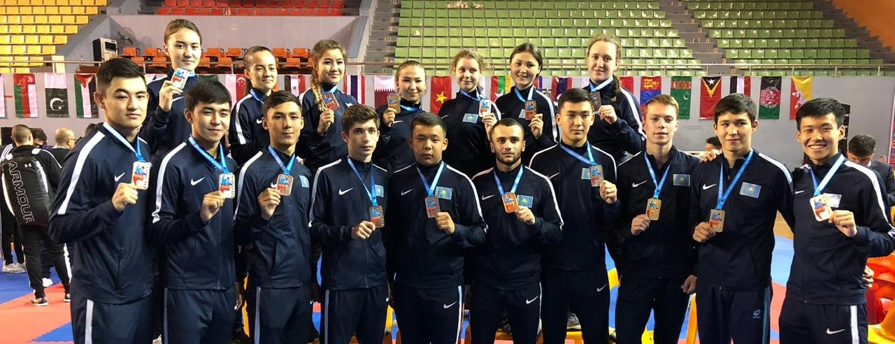Казахстанцы завоевали 15 медалей на ЧА по каратэ