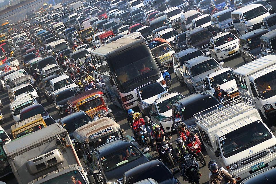 Азия автосы сутегіне көше бастады