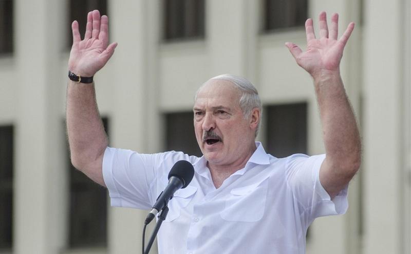 Лукашенко обещал разогнать координационный совет оппозиции
