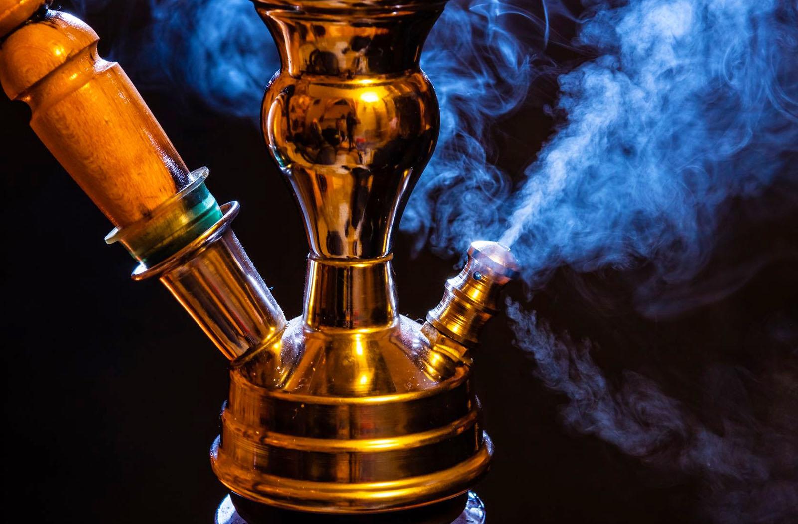 Запрет на курение кальянов в кафе поддержал Минздрав РФ