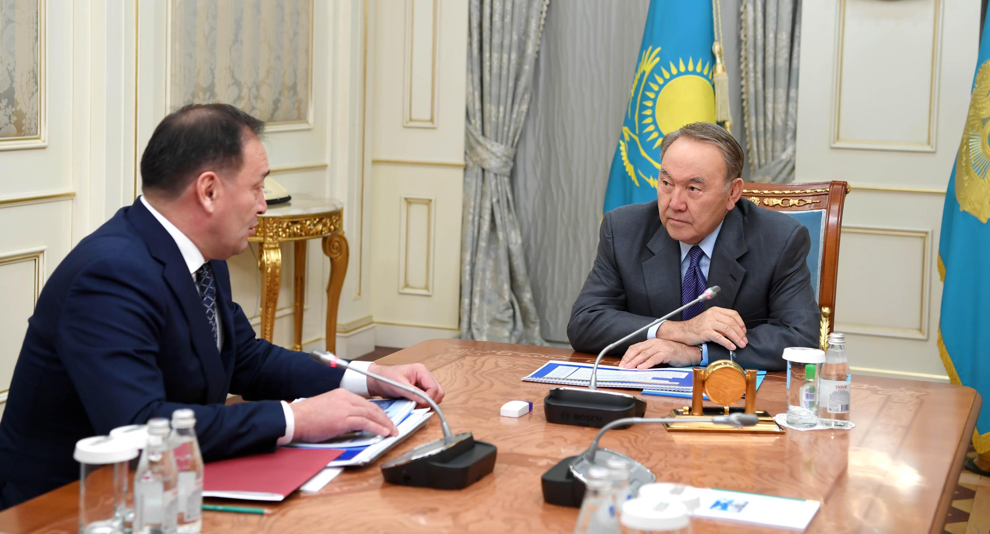 Аким Мангистауской области отчитался Назарбаеву о реализации экономических программ