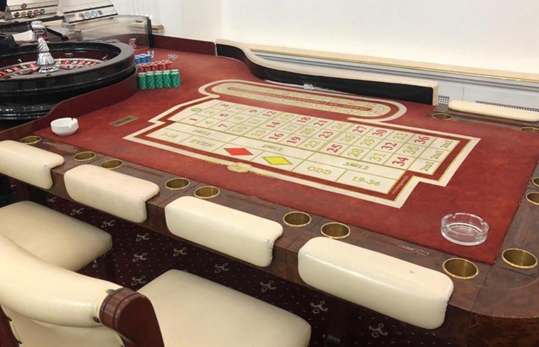 Алматыда әкімшілік ғимаратта жасырын казино жұмыс істеп келгені анықталды