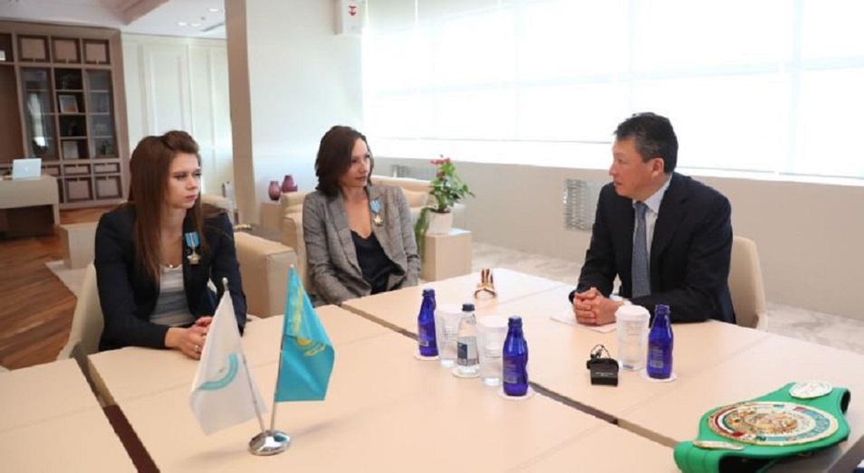 Тимур Кулибаев провел встречу с Еленой Круглыхиной