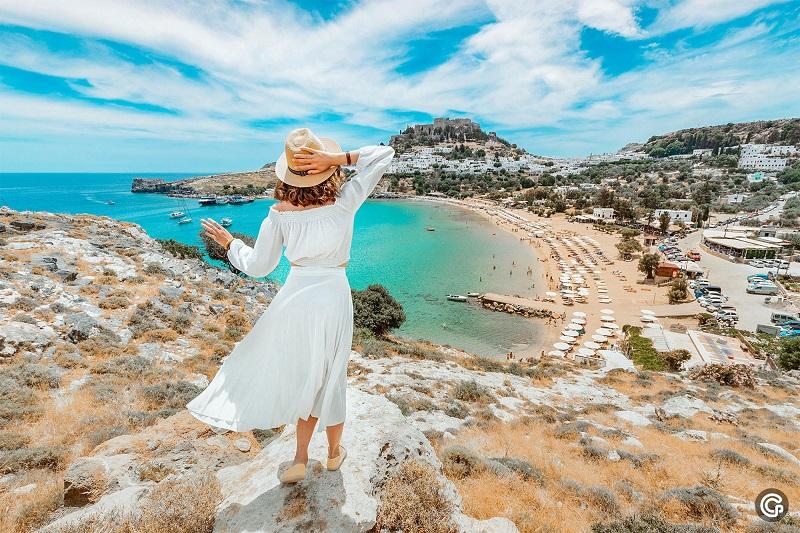 Греция предлагает разрешить туры между странами, справившимися с COVID-19