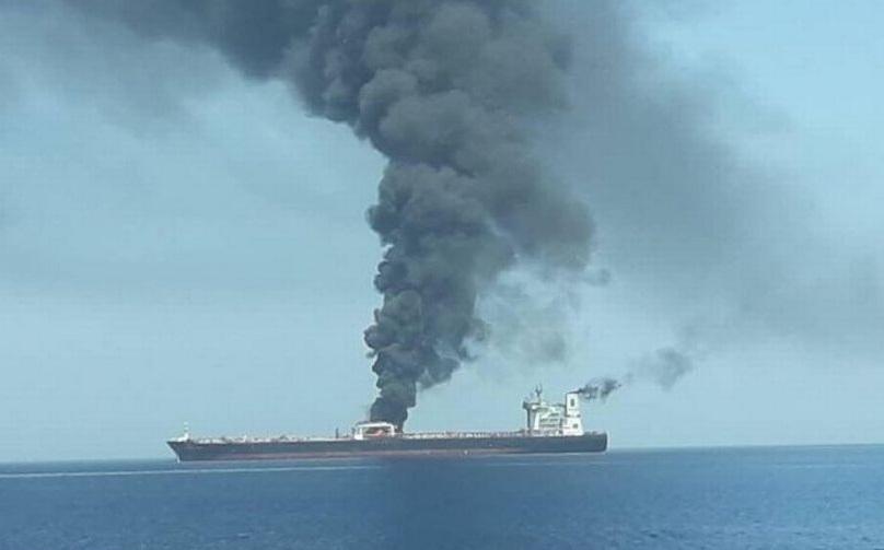 Қызыл теңізде ирандық танкер жарылды