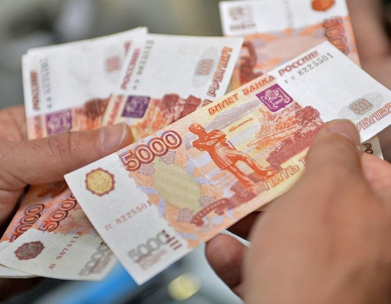 Алкоголь и табак: сколько денег россияне тратят на них