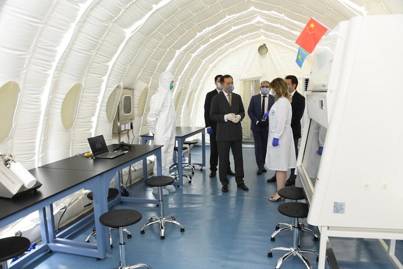 В Алматы открылась еще одна лаборатория для проведения скрининга на коронавирус