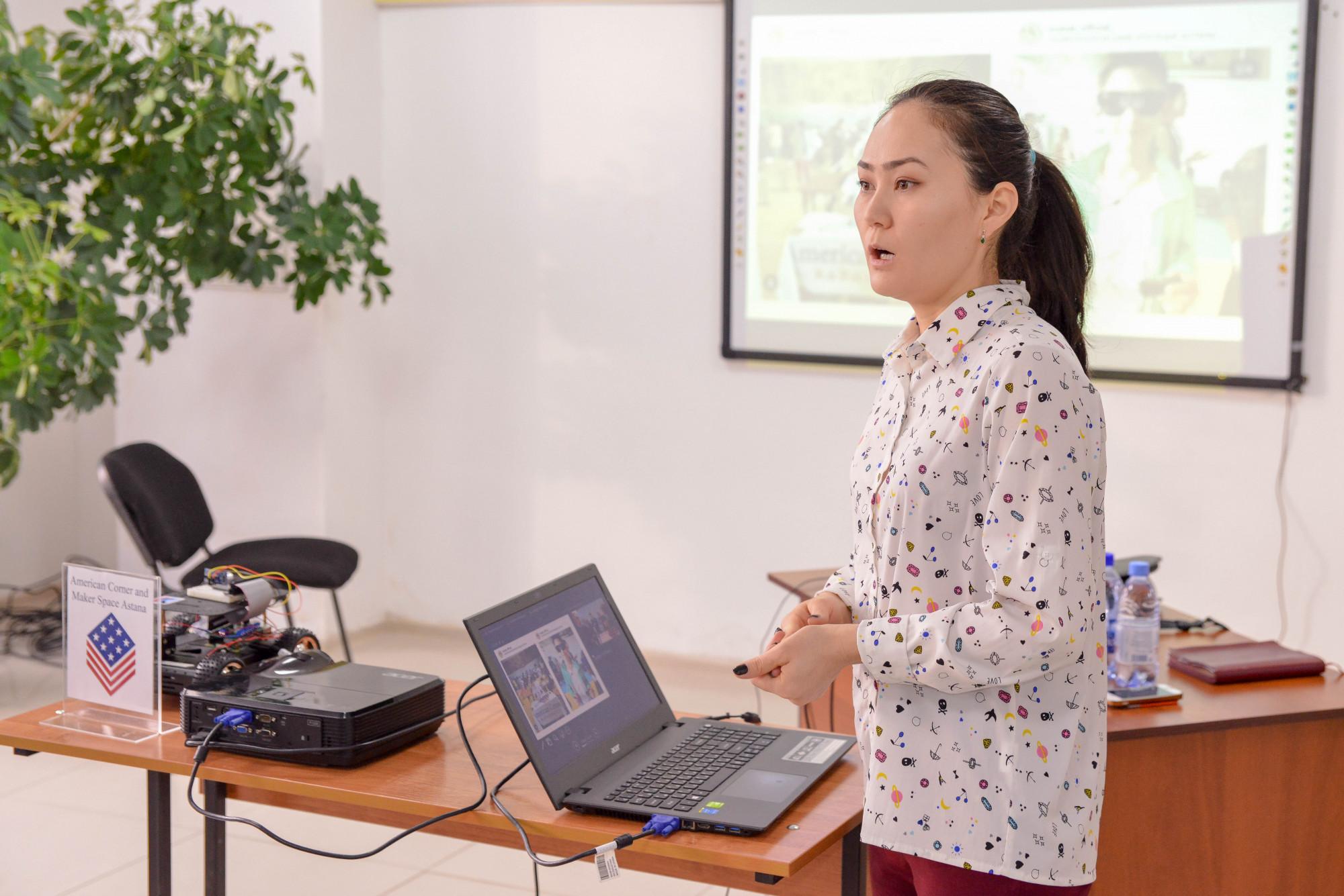 В Астане для молодёжи проводят профориентационный проект