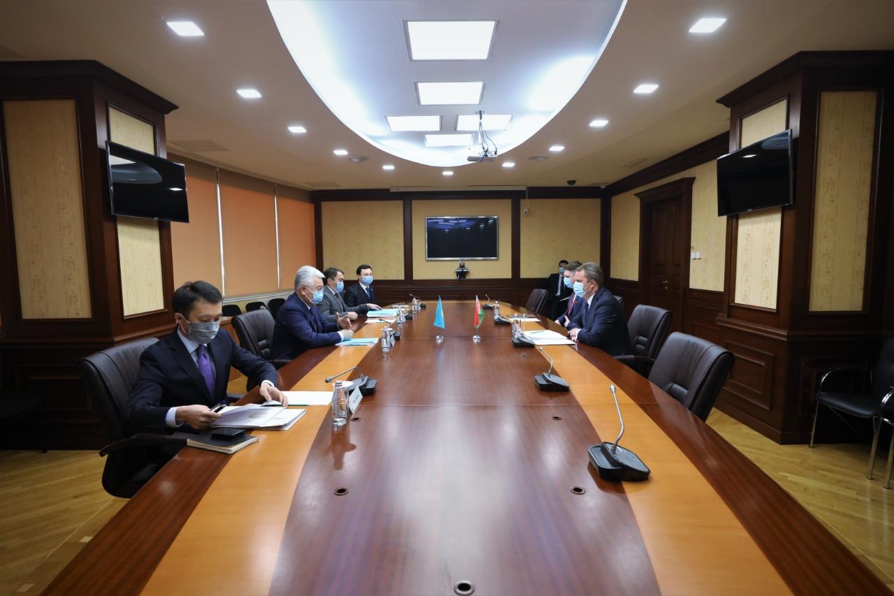 Посол Беларуси в РК отметил необходимость развития  локализации производств в Казахстане