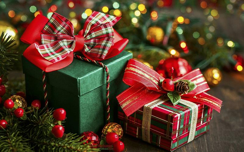 Сколько готовы потратить на новогодние подарки россияне