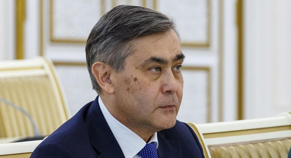 Министру обороны объявлен строгий выговор – Президент