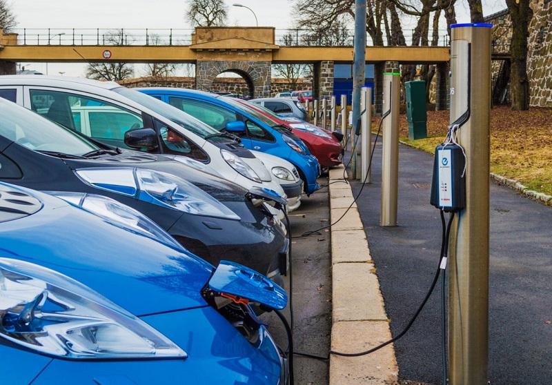 В Норвегии уже у каждого второго электромобиль