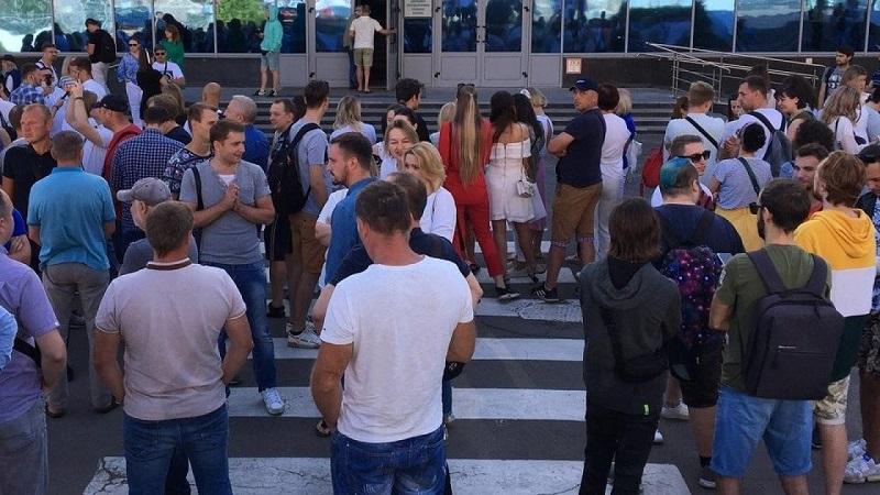 Группа сотрудников Белтелерадиокомпании продолжает забастовку