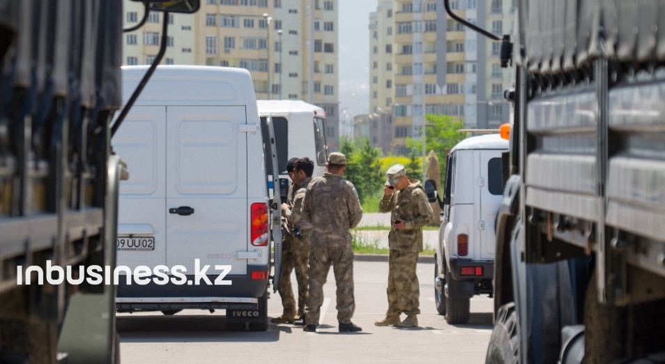 В ходе митингов были задержаны девять журналистов