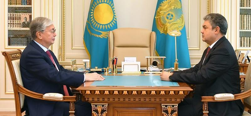 Касым-Жомарт Токаев принял вновь назначенного посла Казахстана в России