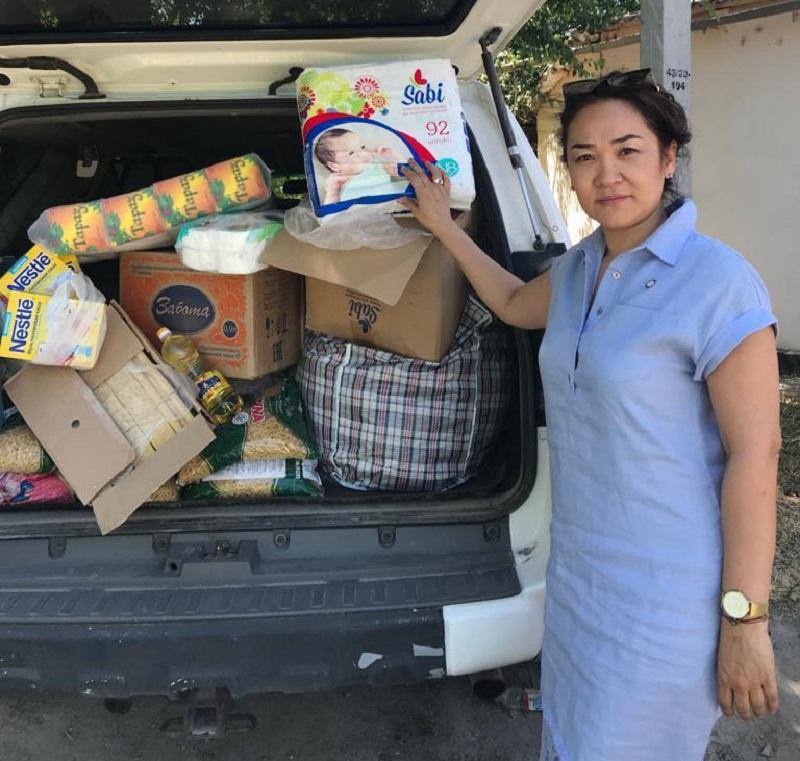 Предпринимательницы Казахстана на месте оказали помощь арысцам