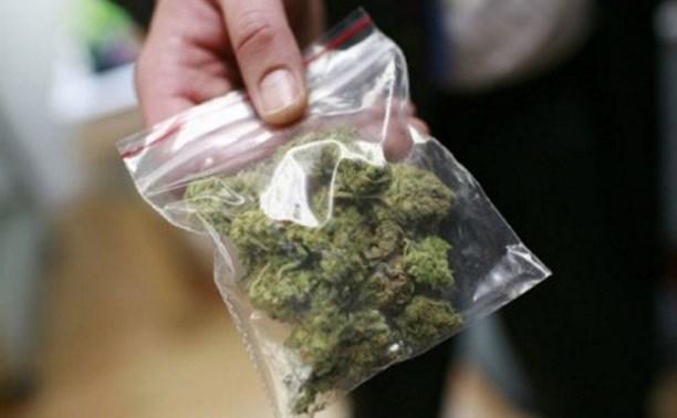В аэропорту Астаны за контрабанду наркотиков задержан гражданин России