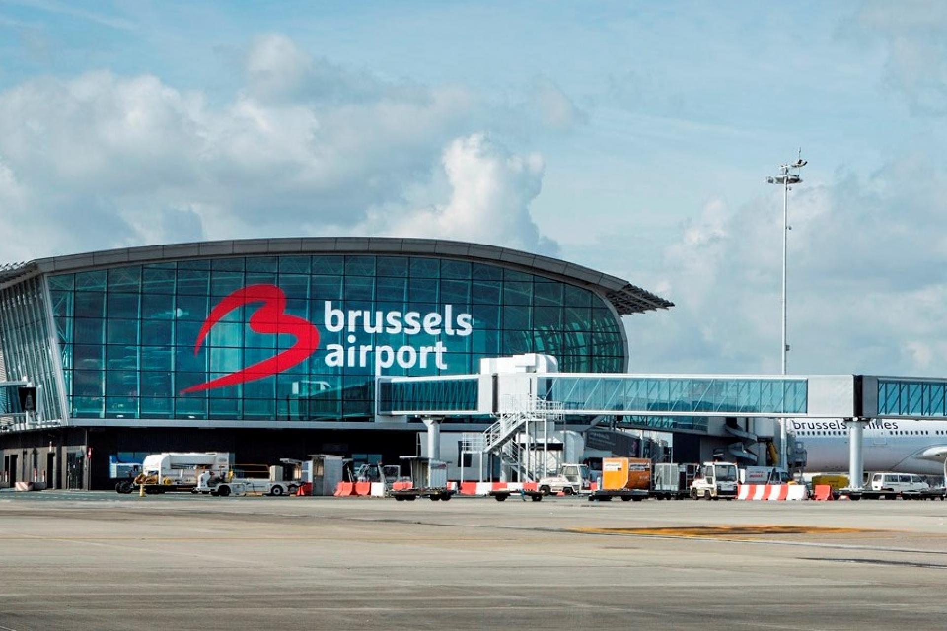Забастовка грузчиков в аэропорту Брюсселя привела к отмене сотен рейсов