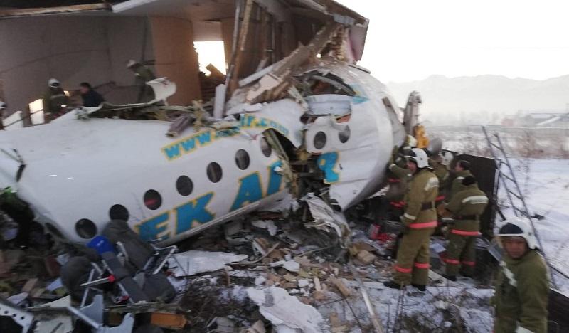 Работа авиакомпании Bek Air приостановлена после крушения самолета в Казахстане