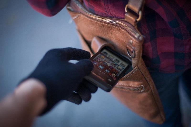 Как защитить персональные данные в случае кражи смартфона