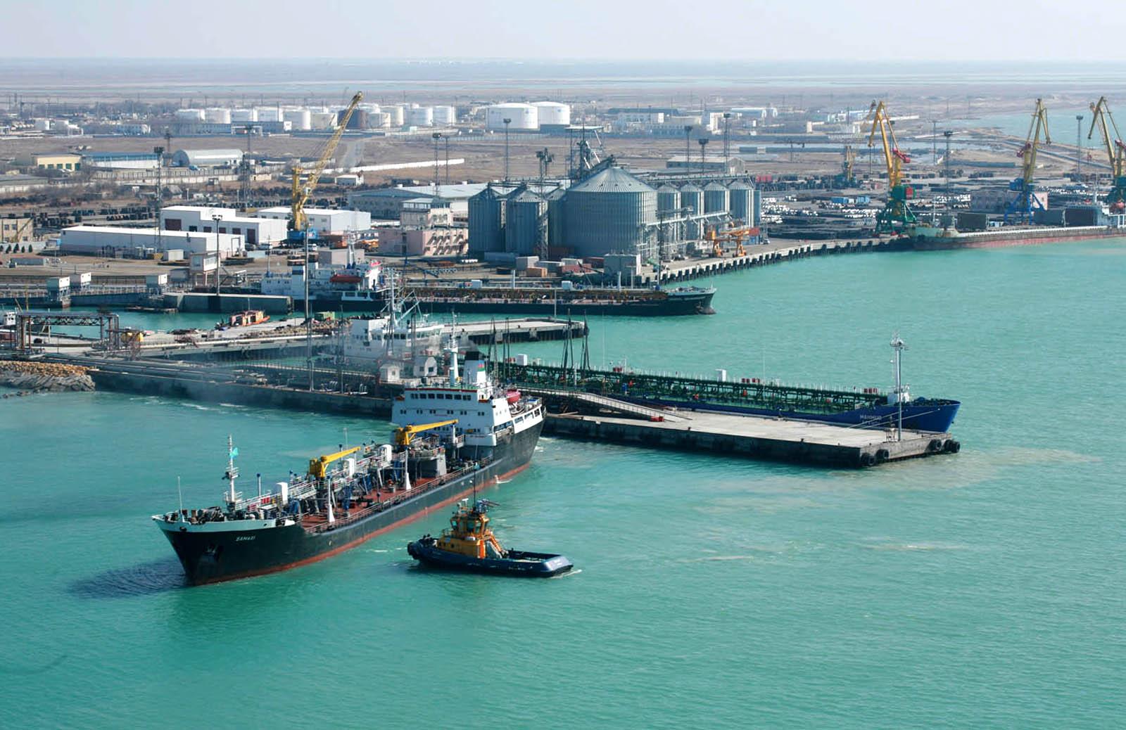 Морпорт Актау в январе-сентябре увеличил перевалку грузов на 15,7%