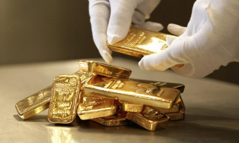 Цена золота превысила $1500 за унцию впервые за семь недель