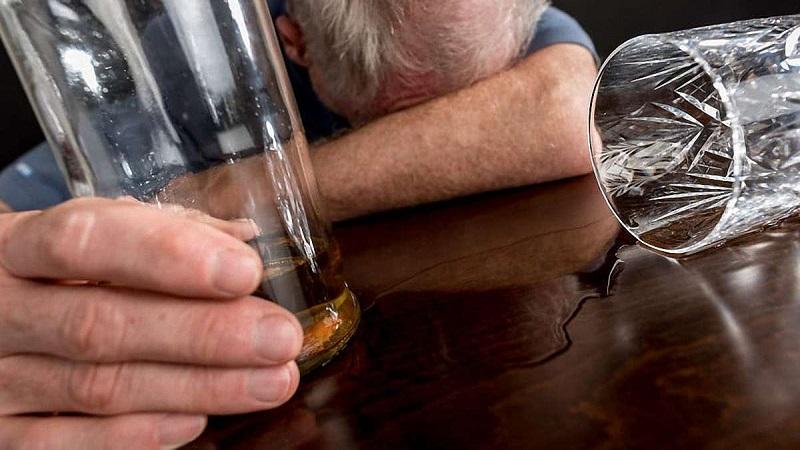 Смертность от алкоголя в Казахстане: страна на 10-м месте в рейтинге