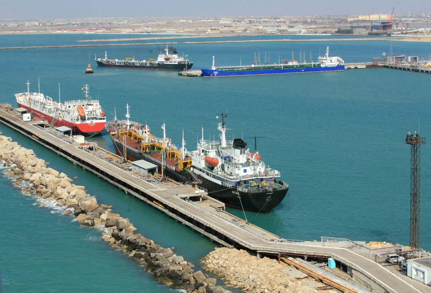 В морском порту Актау усилены меры безопасности