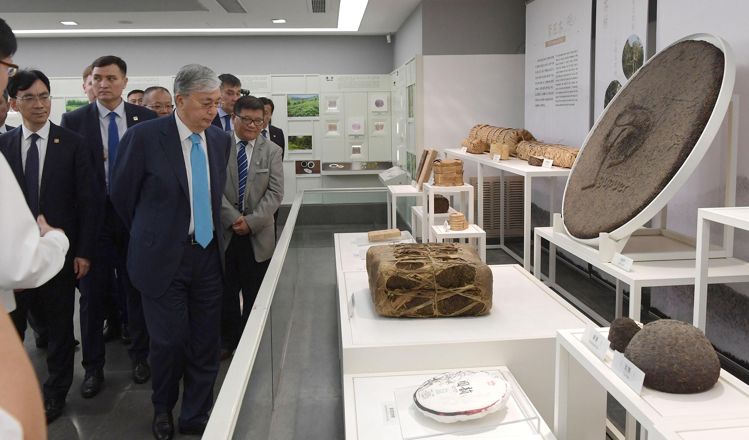 Мемлекет басшысы Ханчжоу қаласының мәдени нысандарын аралады