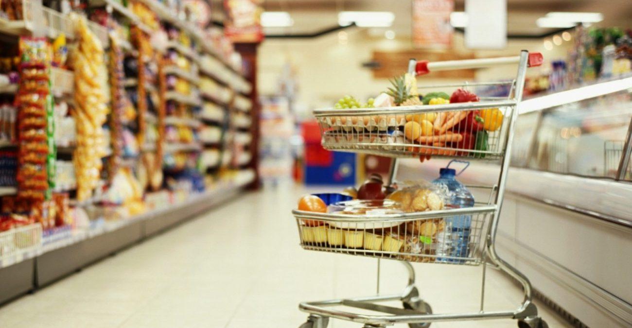 Крупные торговые сети терпят убытки из-за закрытия на выходных