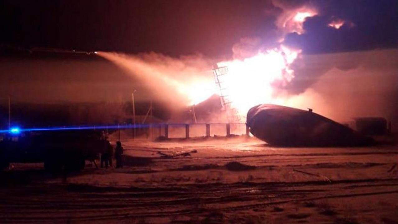 В ДЧС Актюбинской области рассказали о причине возгорания резервуара с нефтяными отходами
