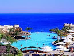 В Египте 18 курортных гостиниц получили документ на возобновление работы