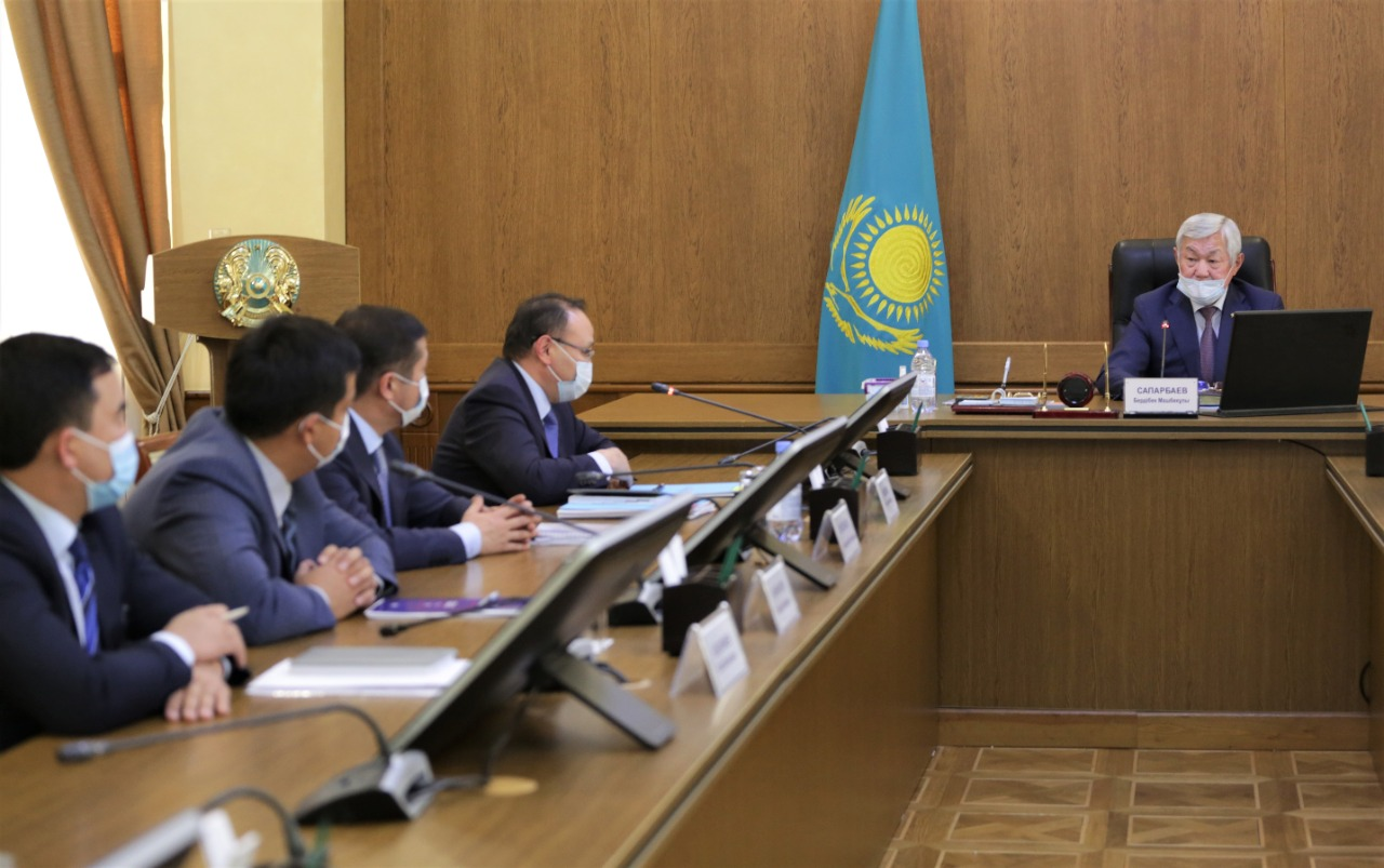 Бердібек Сапарбаев «Даму» қорының басшысымен кездесті