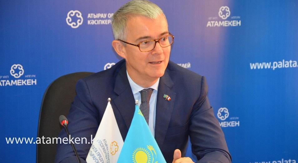 В режиме ЧП Франция столкнулась с такими же проблемами, как и Казахстан
