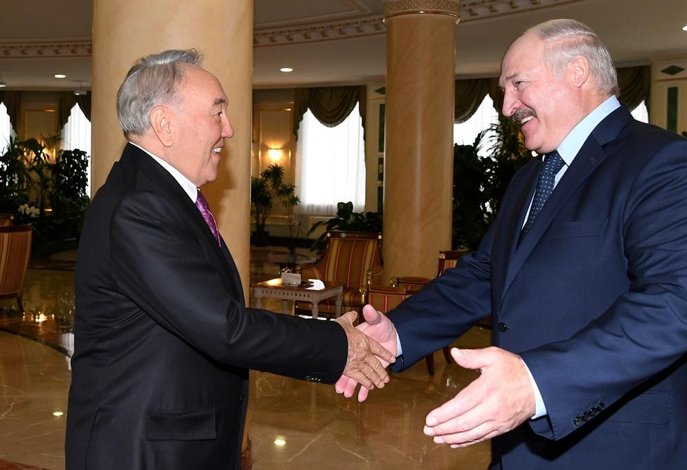 Нурсултан Назарбаев встретился с Президентом Республики Беларусь Александром Лукашенко
