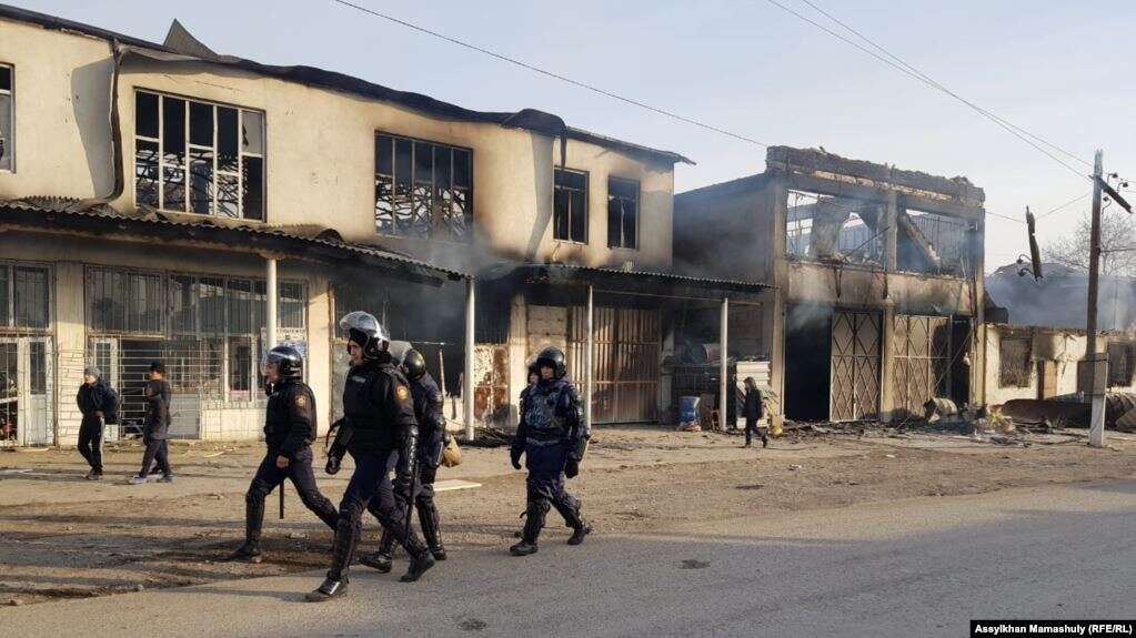 Қордайда полиция қызметкерлеріне оқ атылған