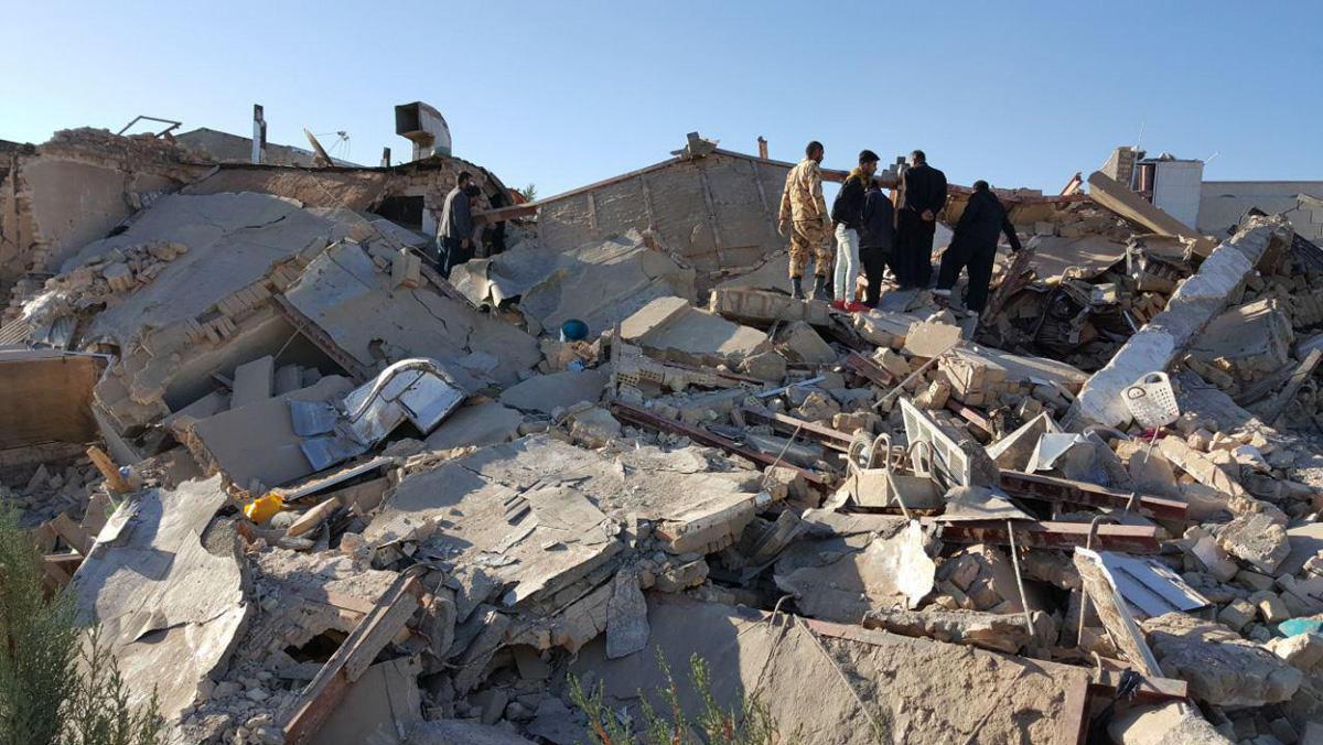 Жертвами землетрясения на западе Ирана стали три человека