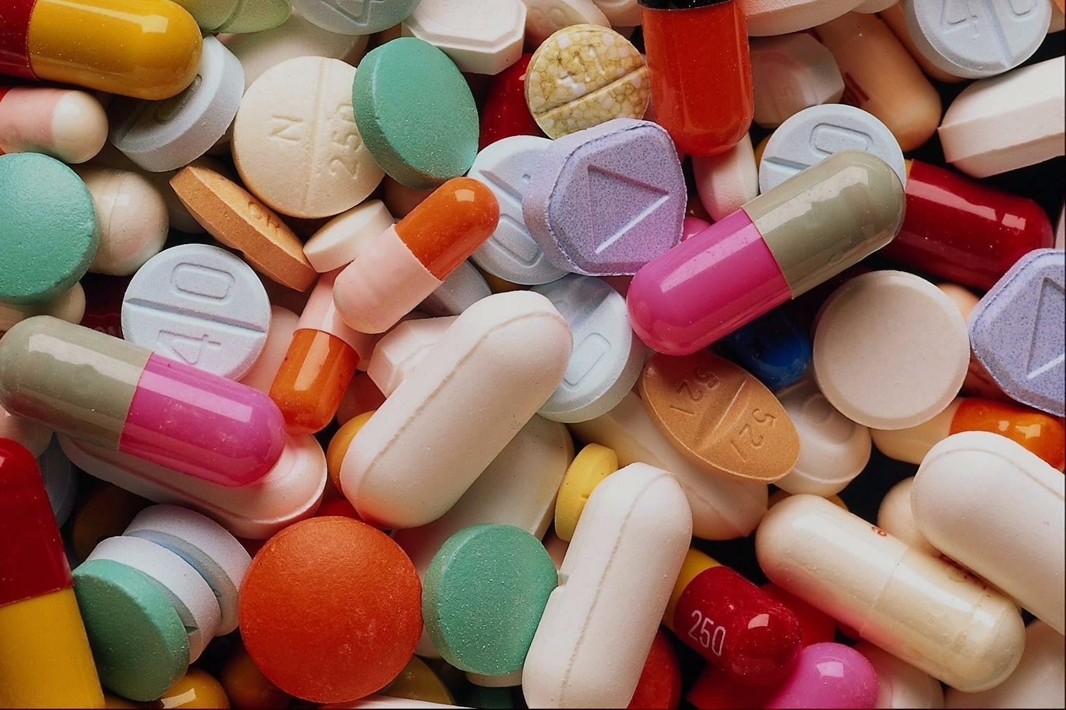 Венесуэла получила 65 тонн медикаментов от Китая