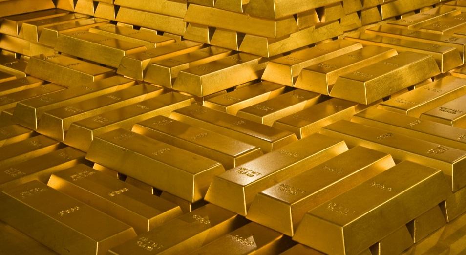 Золото VS доллар: как казахстанцам сохранить сбережения