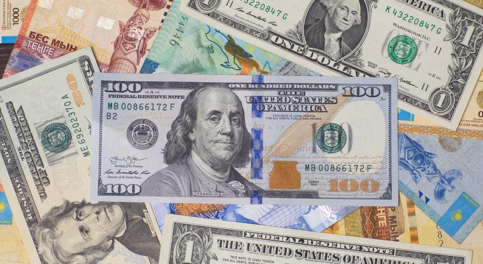 Интерес к долларам: что произойдет с тенге после режима ЧП