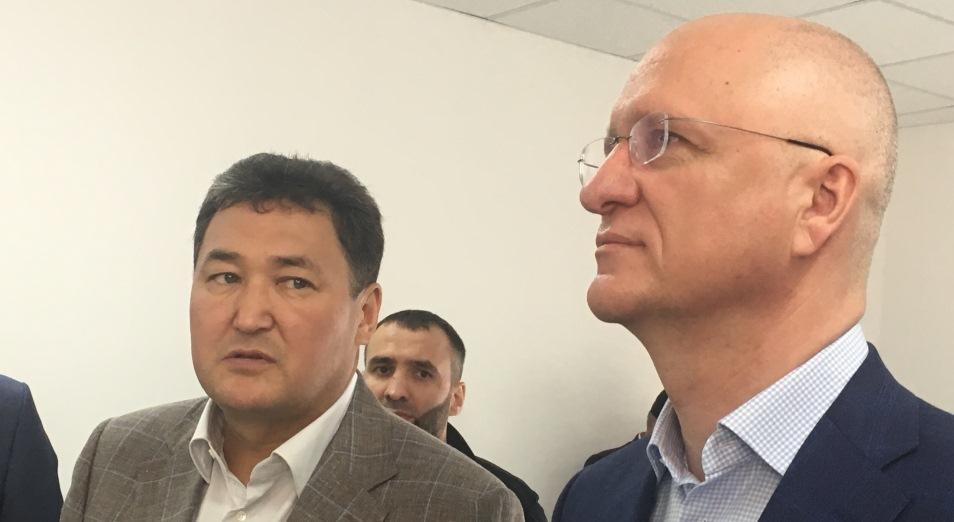 Роман Скляр проинспектировал автобан, долгострой и железнодорожный кластер