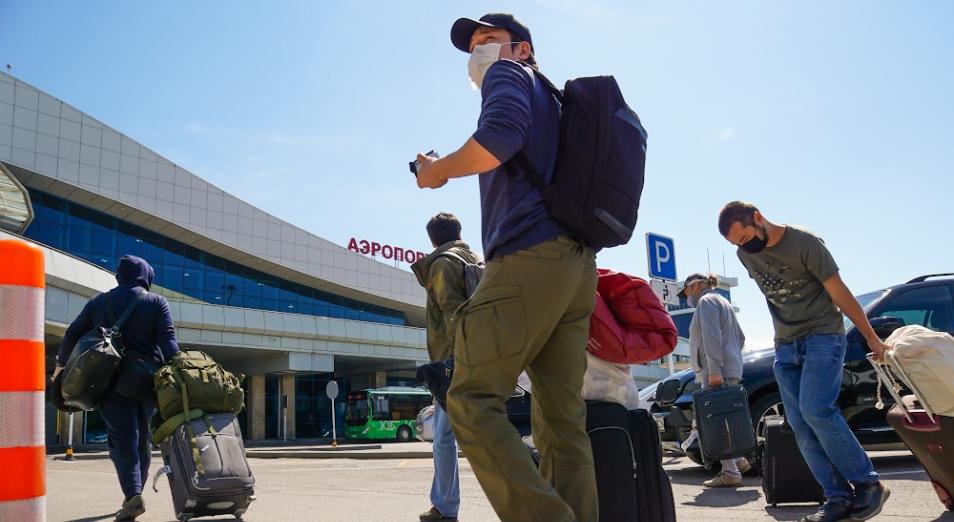 Коронавирус в Казахстане: полеты в Кыргызстан, атаки на «Кунделик» и удорожание гречки